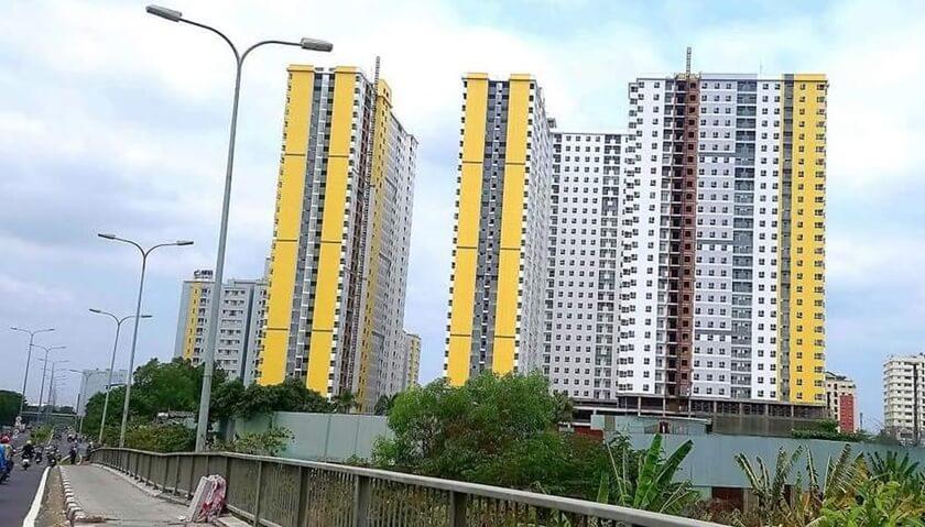 Dự án Diamond Riverside - City Gate 2 nổi bật khi nhìn từ đại lộ Võ Văn Kiệt